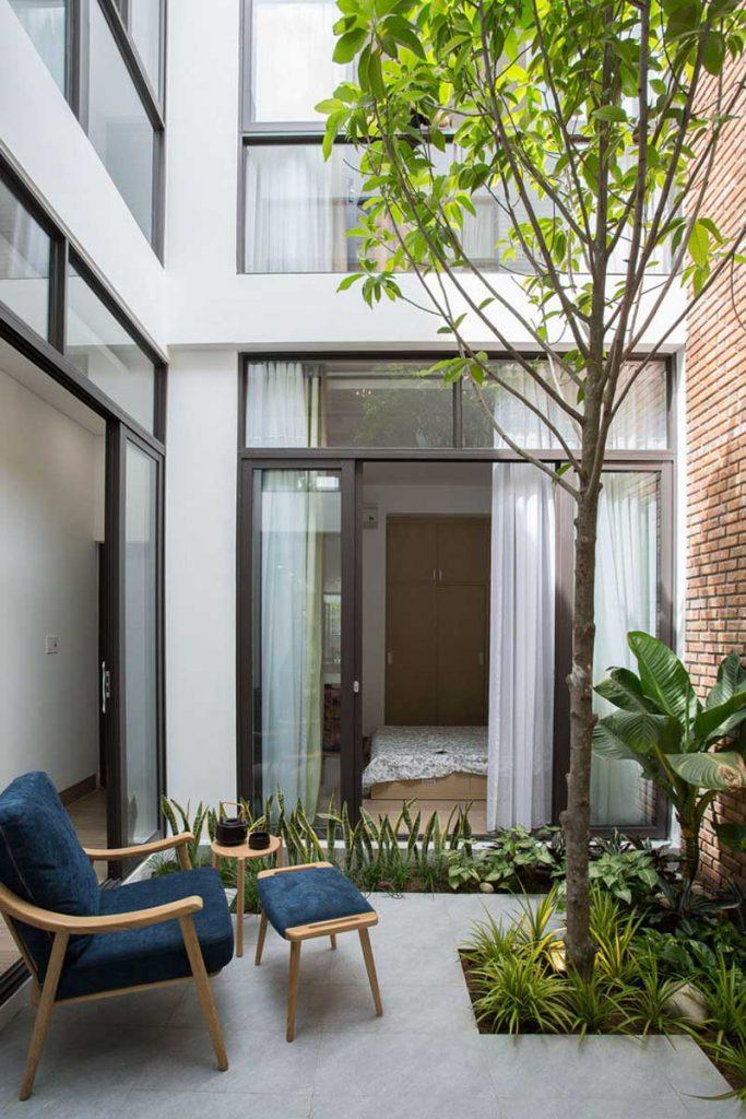 1001 giai phap thiet ke nha pho phan 1 gieng troi trong nha 30 683x1024 - 1001 giải pháp thiết kế nhà phố đẹp ( phần 1): giếng trời trong nhà