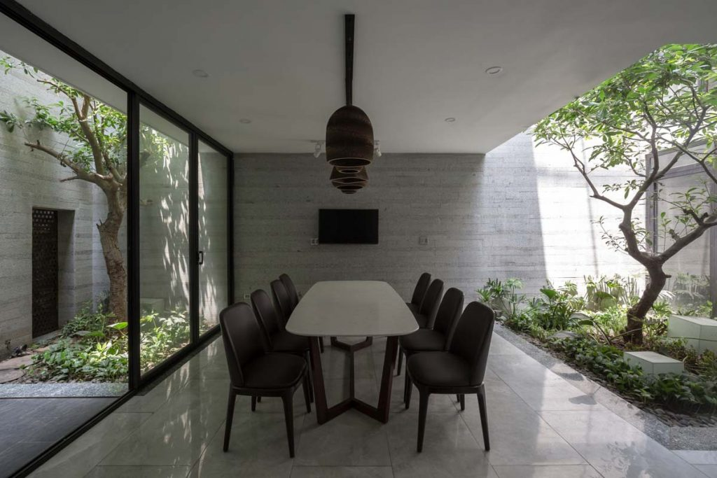 1001 giai phap thiet ke nha pho phan 1 gieng troi trong nha 33 1024x683 - 1001 giải pháp thiết kế nhà phố đẹp ( phần 1): giếng trời trong nhà