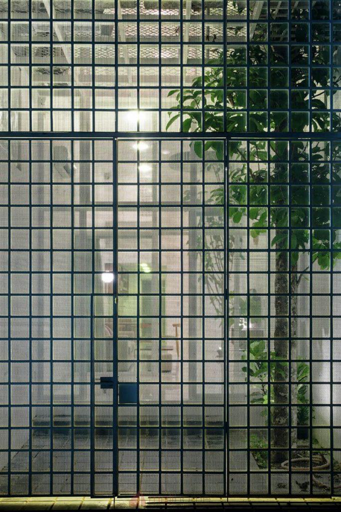 House 304 Ngôi nhà phố đẹp 40m2 với giếng trời đầy nắng 3 683x1024 - House 304: Ngôi nhà phố đẹp 40m2 với giếng trời đầy nắng