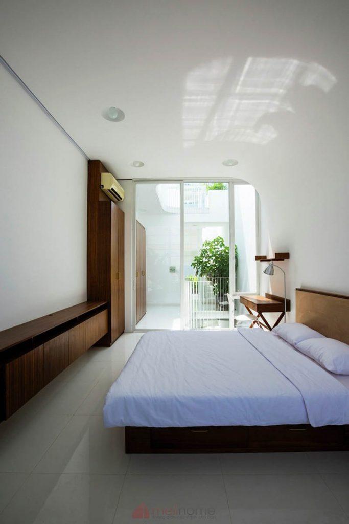 House 304 Ngôi nhà phố đẹp 40m2 với giếng trời đầy nắng 8 683x1024 - House 304: Ngôi nhà phố đẹp 40m2 với giếng trời đầy nắng