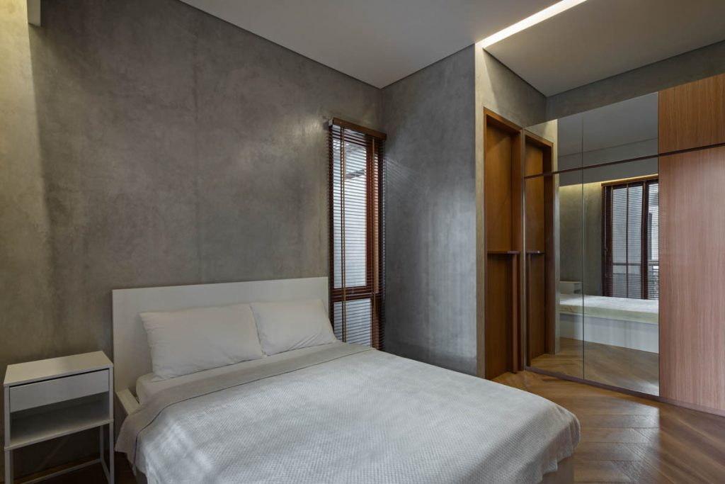 Rumah Beton House ngôi nhà phố đẹp với sự riêng tư tối đa 20 1024x683 - Rumah Beton House: mẫu thiết kế nhà phố đẹp với sự riêng tư tối đa