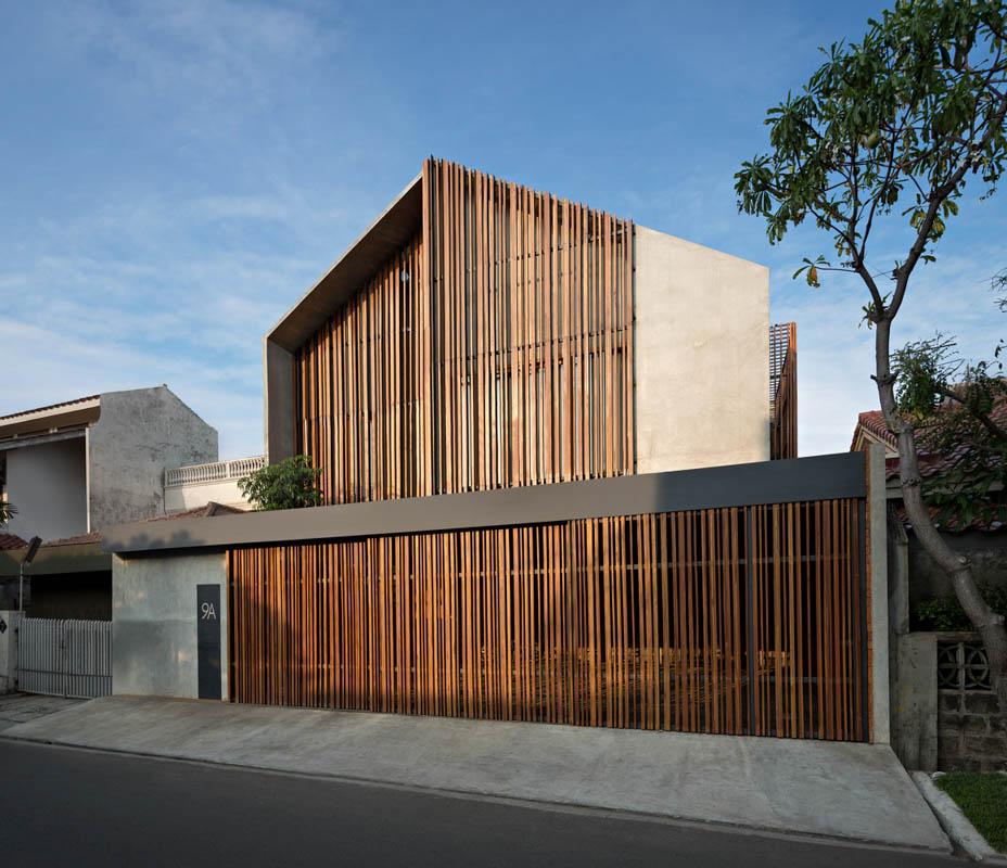 Rumah Beton House ngôi nhà phố đẹp với sự riêng tư tối đa 21 - Rumah Beton House: mẫu thiết kế nhà phố đẹp với sự riêng tư tối đa